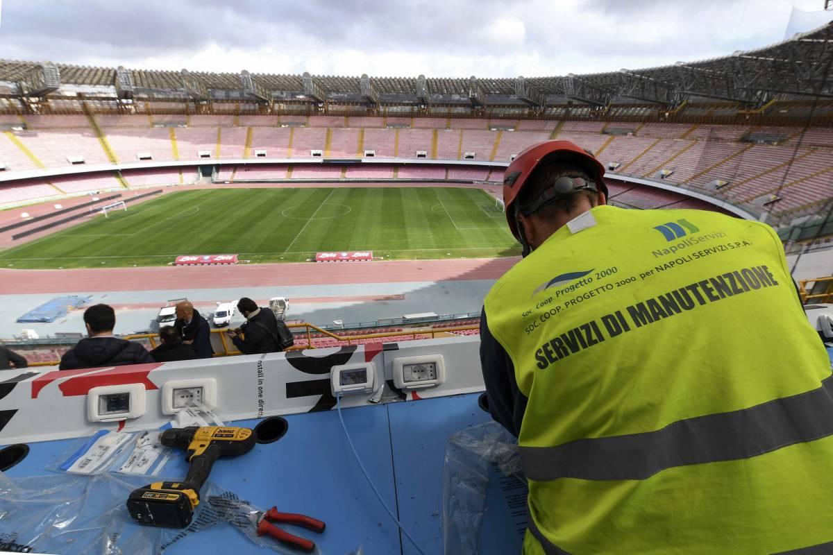 I lavori al San Paolo: turni di notte, settori aperti per Champions e campionato