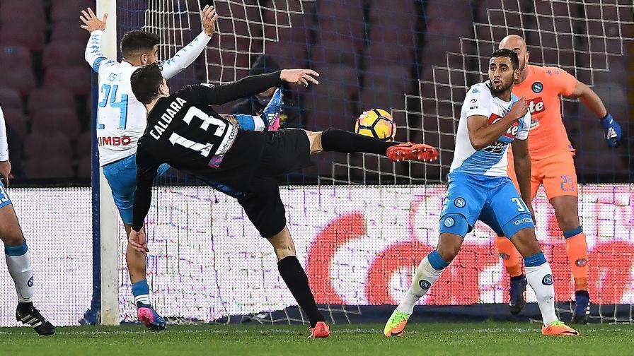 Napoli-Atalanta 0-2, pagelle / Albiol guida la difesa Titanic, Hysaj e la Spinazzola nel fianco