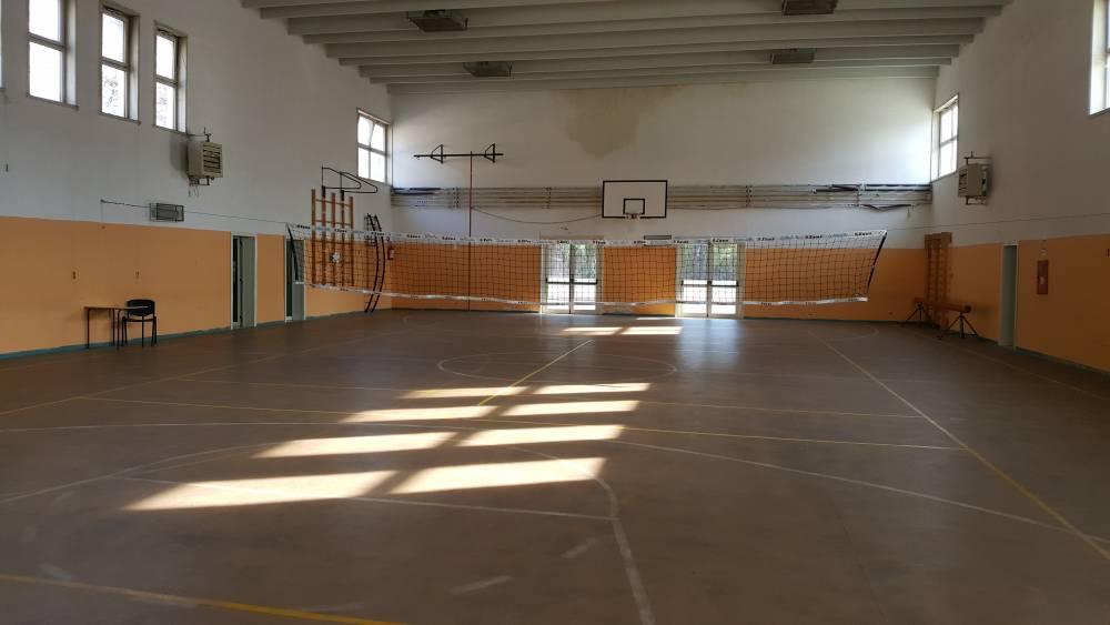 Senza le palestre scolastiche, lo sport a Napoli si ferma