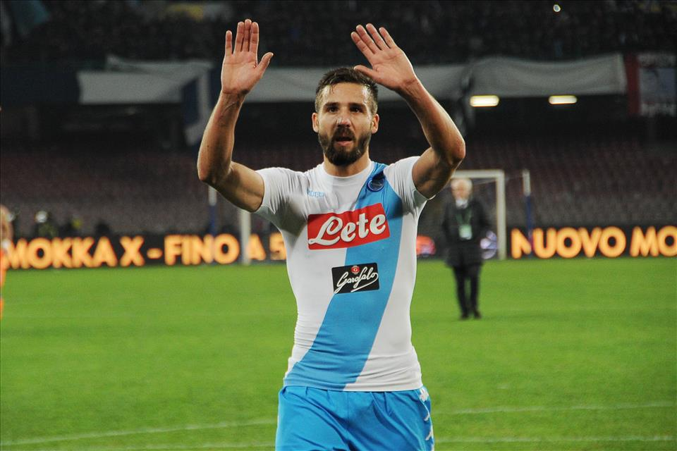 Pavoletti, da esubero a risorsa: si tratta con l'Udinese per un maxi-scambio