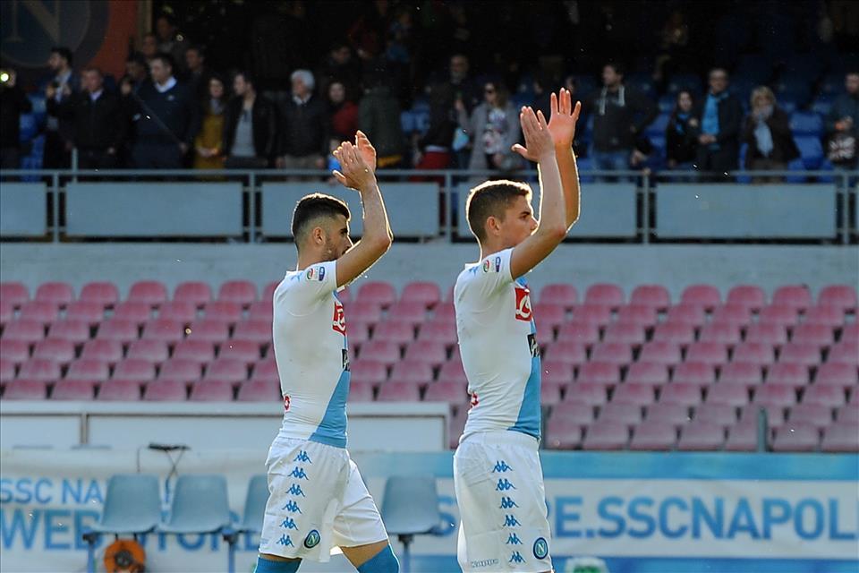 Tanto possesso palla, ma poco Napoli contro il Crotone. Rischiato il remake del Palermo