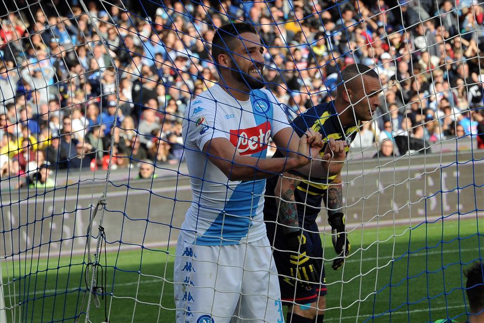 Il Napoli ha dominato, quindi i rigori c'erano. Pavoletti per ora è Pavolento