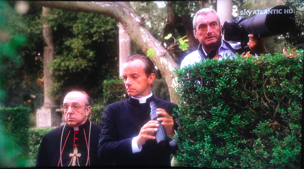 The Young Pope in mostra con le foto di Gianni Fiorito