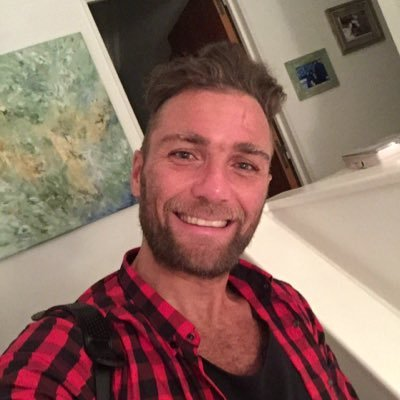 Nicolas Higuain si inventa di essere stato bloccato su Twitter da Aurelio De Laurentiis