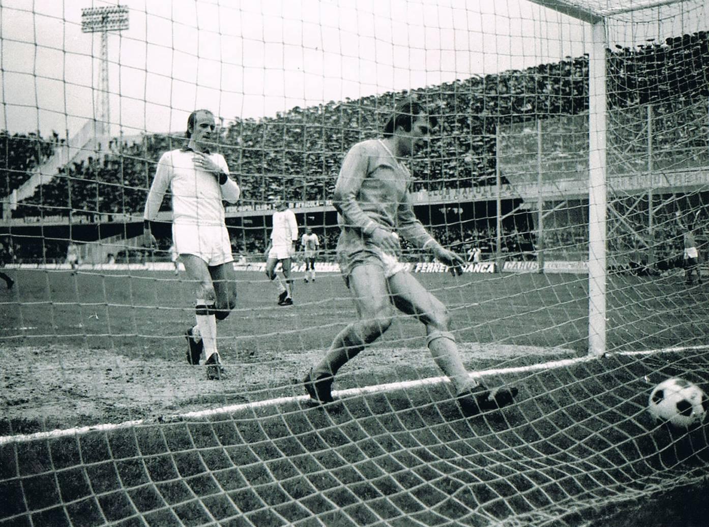 Napoli-Cagliari: il 5-0 del 1974 e il peso dei gol (anche contro le altre)