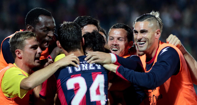 Il sogno del Crotone (3-1 alla Lazio): l'Empoli perde a Palermo (2-1), calabresi salvi