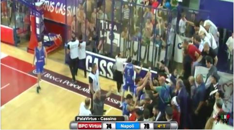 A Napoli sta tornando la passione per il Napoli basket. Stasera gara 5 al PalaBarbuto