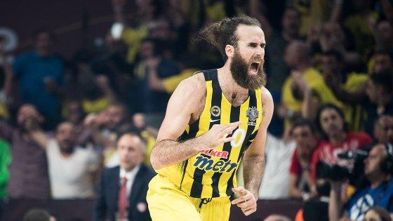 Gigi Datome: «In Turchia hanno budget importanti. In Italia non avrei mai vinto l'Eurolega di basket»