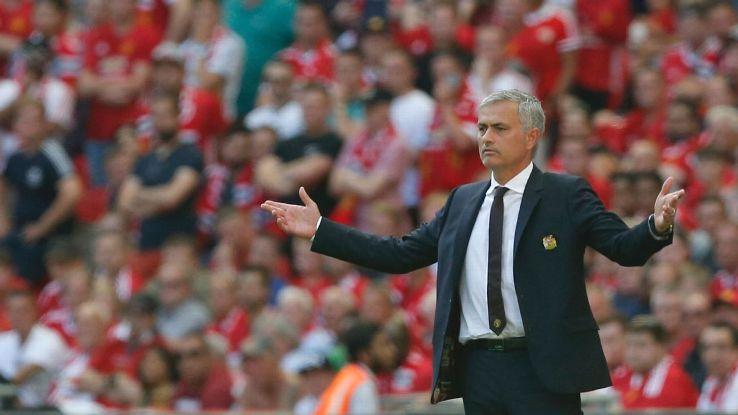Mourinho: «Nel calcio ci sono molti poeti, ma non vincono molti titoli»