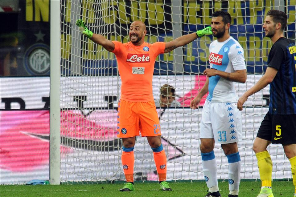 La stagione di Reina nel Napoli tra parate ed errori: alla fine la somma è zero