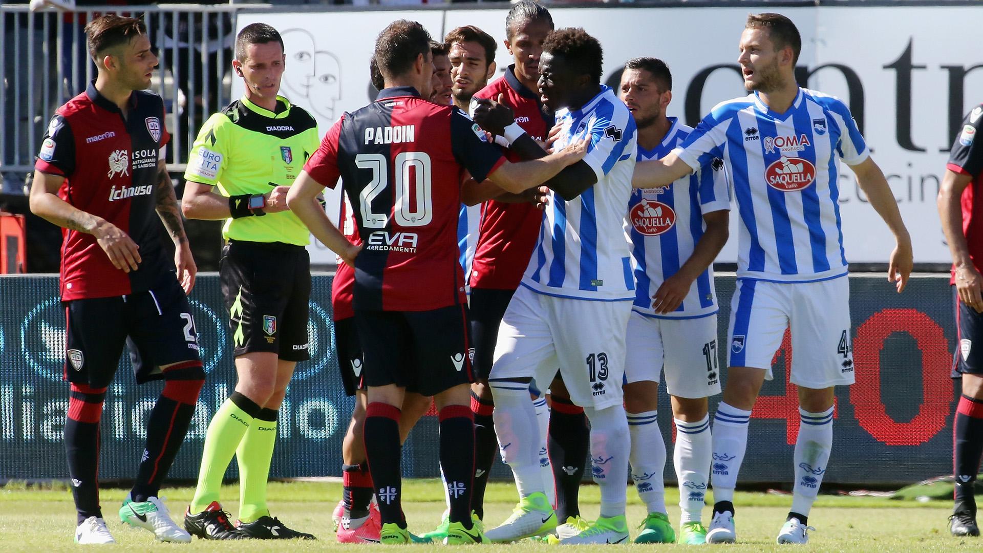Il calcio italiano si arrende al razzismo: Muntari squalificato, pena sospesa per Inter (Koulibaly) e Lazio (Rudiger)