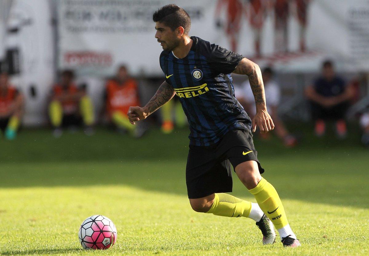 L'Inter e il bluff del fair play finanziario: i 30 milioni arrivano da Banega, Caprari, Miangué e Dimarco