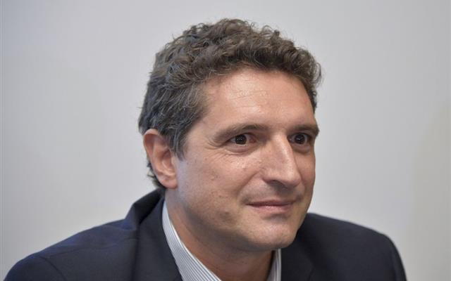 De Siervo, ad Infront: «Sfida per i diritti tv sarà tra Sky e il colosso Mediaset-Vivendi-Telecom»