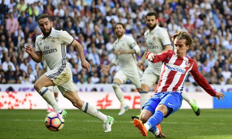 """Griezmann rinnova con l'Atletico Madrid: anche il Barcellona incassa i """"no"""" al calciomercato"""