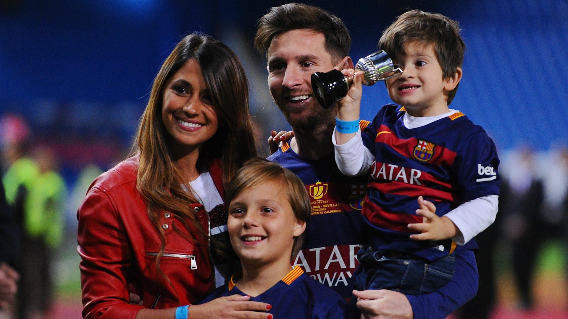 Il mega-matrimonio di Messi: 460 agenti di polizia per 260 invitati (meno Maradona)