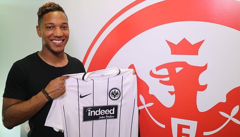 In tutto questo, Jonathan De Guzman è stato ceduto all'Eintracht Francoforte