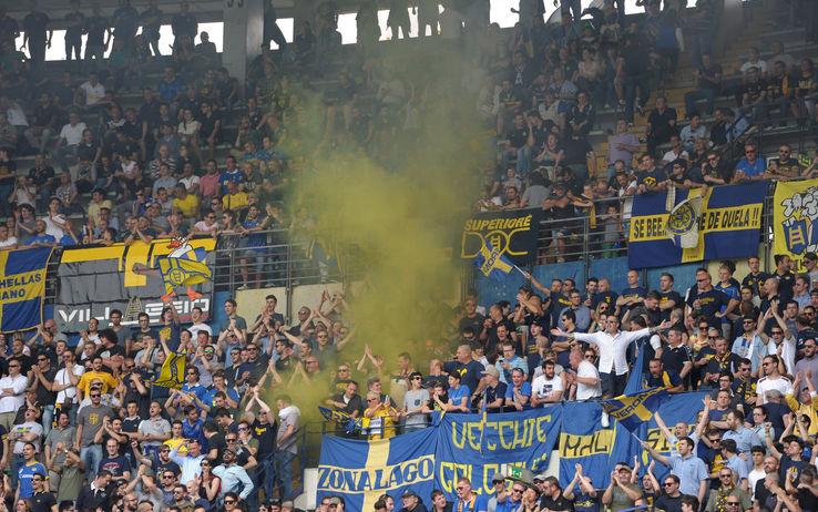 La festa della Curva Sud dell'Hellas Verona è stata un covo di nazisti