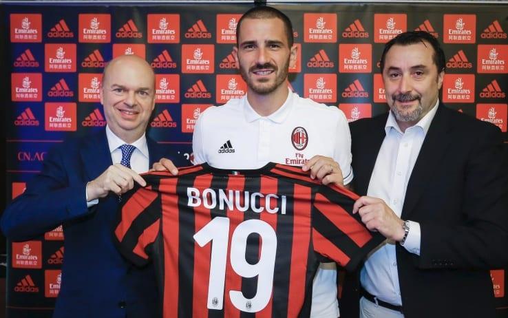 Sky: Bonucci vuole tornare alla Juventus, piò rientrare nell'affare Higuain con il Milan