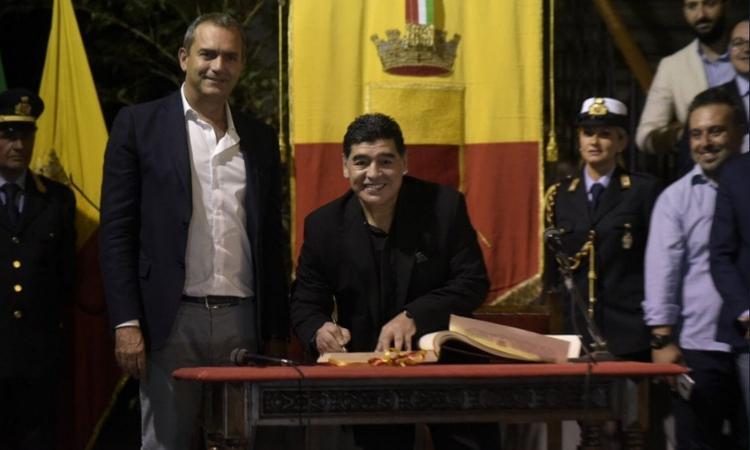 Caro Diego Maradona, non ti sei fidato di noi (e non meritavi questo)