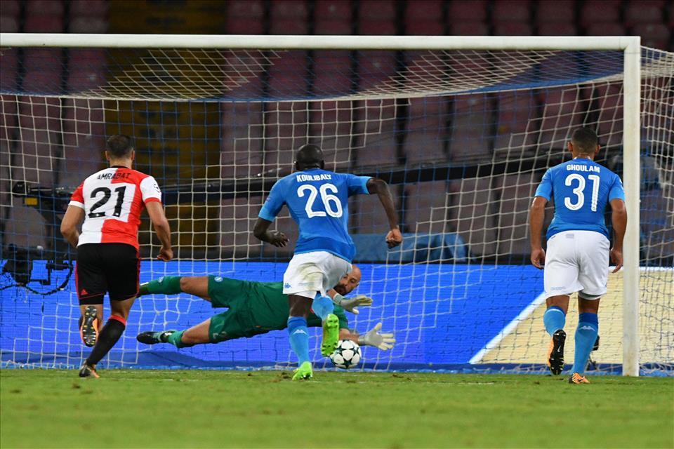 Feyenoord-Napoli, trasferta consentita ai tifosi azzurri: 1200 biglietti per il De Kuip