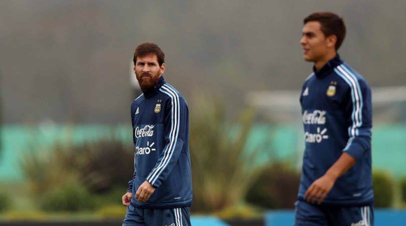 Per la Gazzetta «è fisiologico pensare a Dybala al posto di Messi»