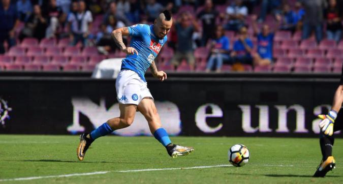 Napoli-Cagliari, il primo tempo: il controllo assoluto e il ritorno di Hamsik