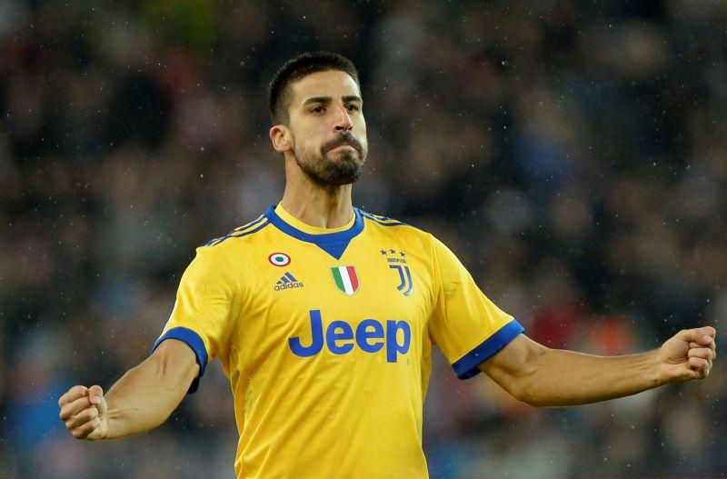 Khedira, distrazione ai flessori della coscia sinistra: salterà Juventus-Napoli