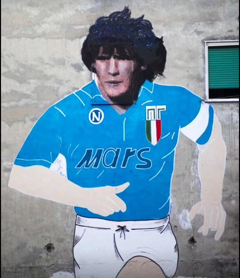 Clarín racconta le ultime ore di Maradona: si era svegliato alle 10 ma non stava bene