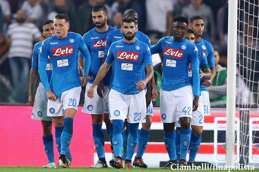 Il Napoli senza top player le ha vinte tutte. Che bello la Juve che esulta per il Var