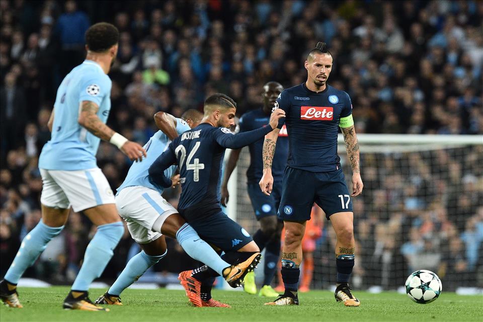 Il Napoli esce ridimensionato da Manchester. E c'è la questione Hamsik