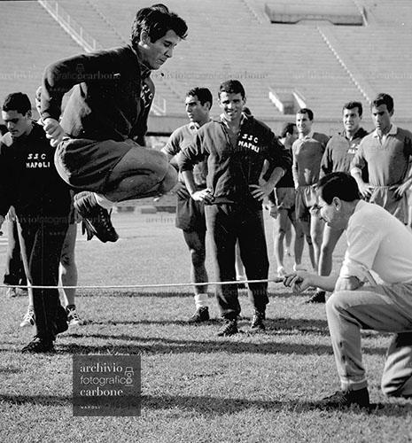 Il crowdfunding dell'Archivio Carbone, tesoro fotografico di Napoli e dello sport