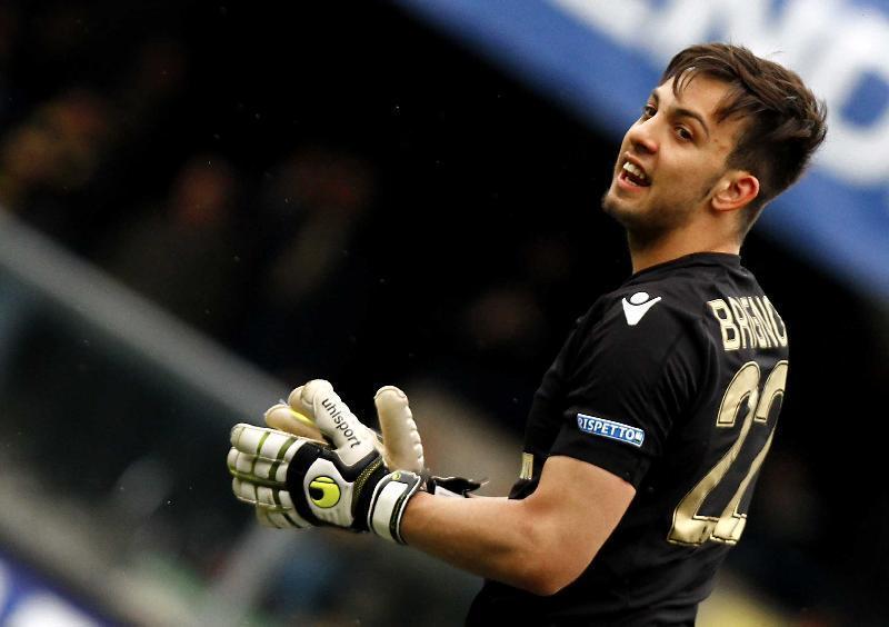 Benevento-Milan 2-2, gol del portiere Brignoli. Primo punto in serie A dei sanniti