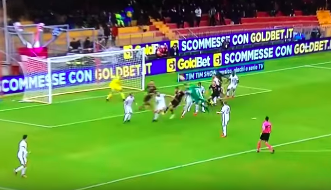A Benevento nulla è normale, perciò il primo punto in A è frutto di un gol del portiere
