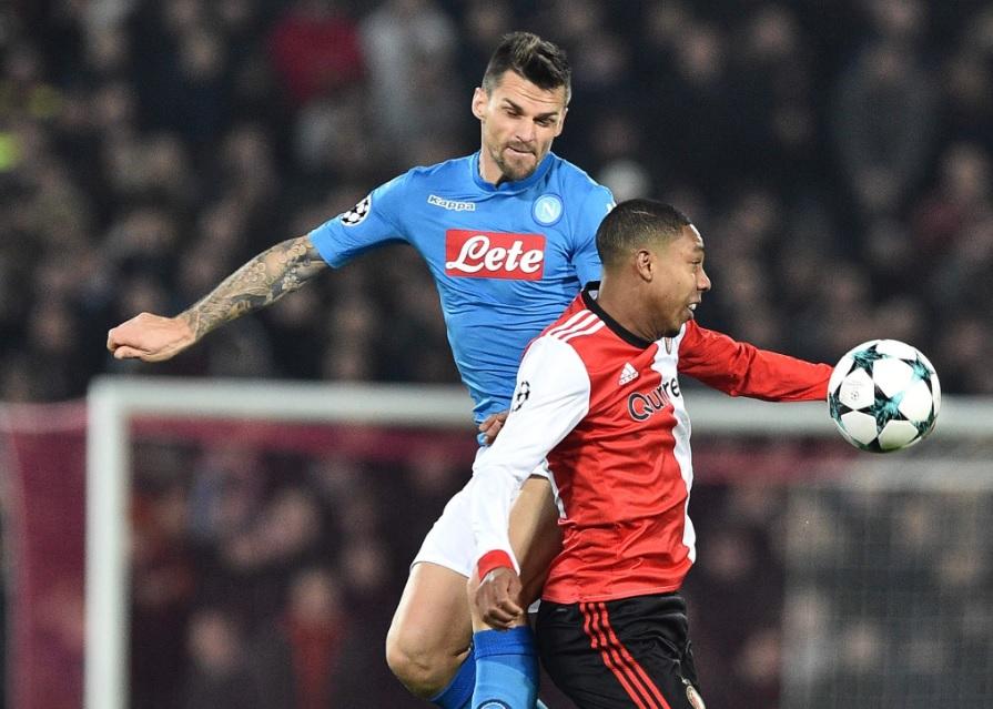 Feyenoord-Napoli 2-1, notte da incubo a Rotterdam: sarà Europa League