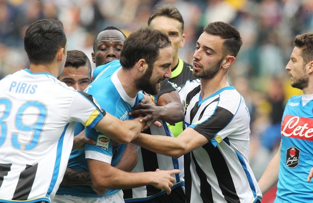 L'errore arbitrale c'è stato, ma la psicosi della Juventus può fare solo il male del Napoli