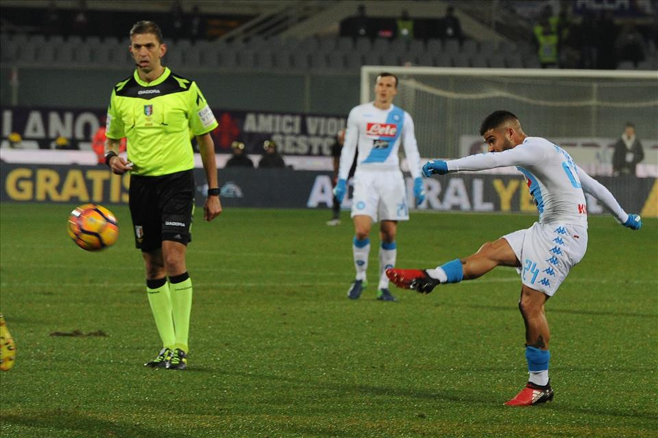 Insigne, Del Piero e l'epica mediatica del tiro a giro