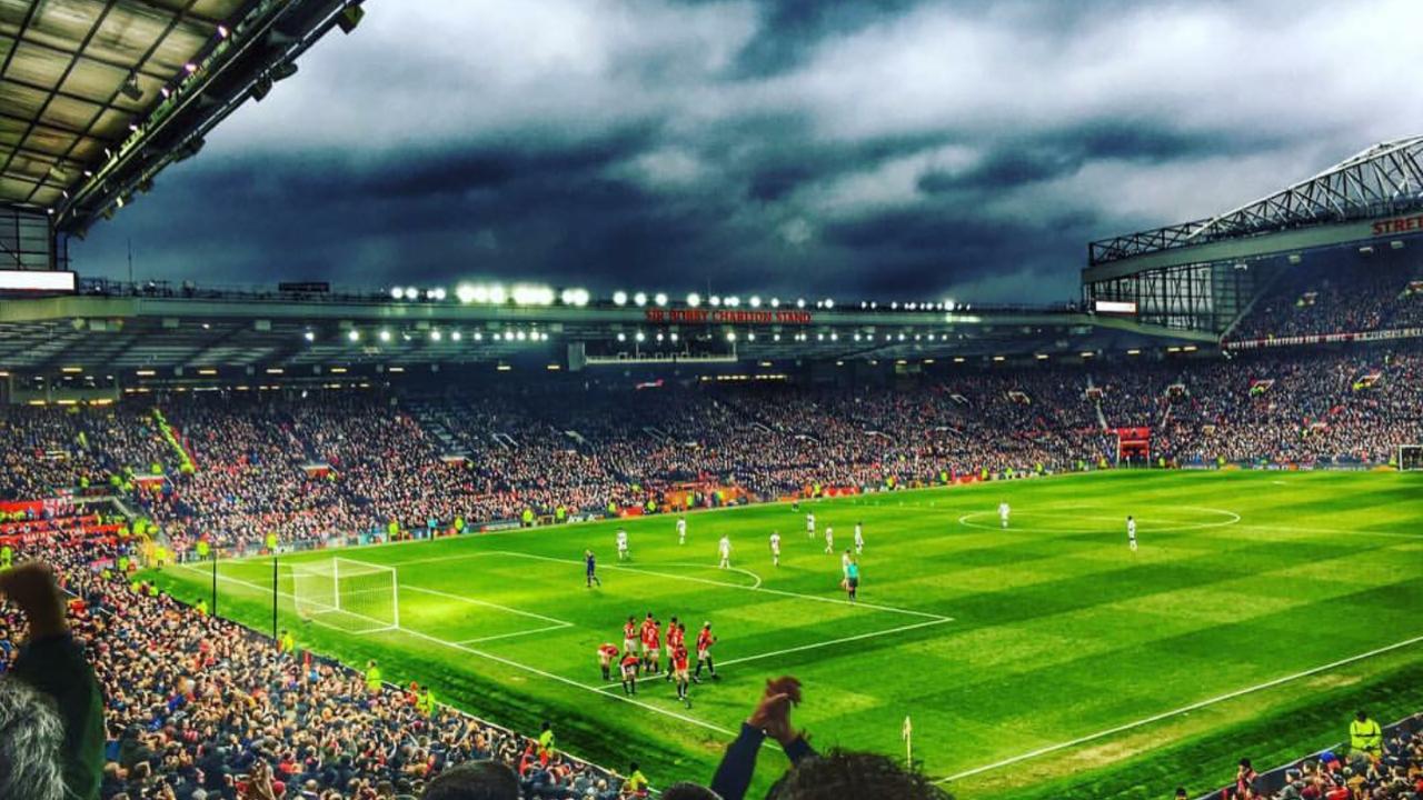 """Manchester United-Siviglia, i Red Devils alzano i prezzi del settore ospiti per """"rimborsare"""" i propri tifosi"""