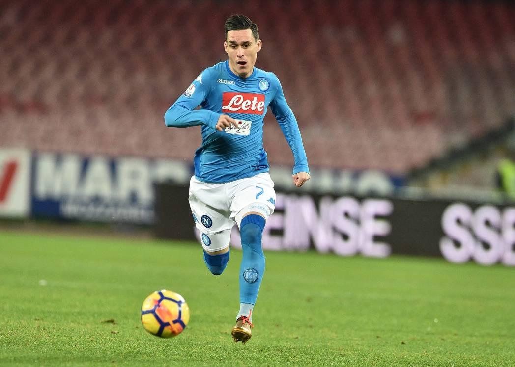 Napoli-Atalanta 0-0, il primo tempo: partita dura, azzurri più vicini al gol