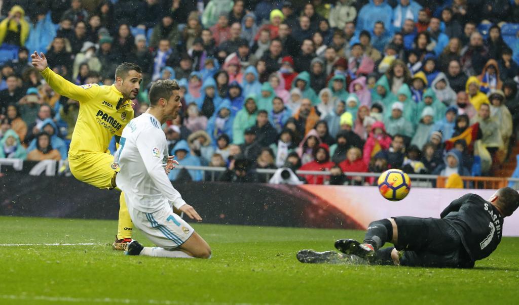 Il pomeriggio delle sorprese: Real Madrid-Villarreal 0-1, Chelsea-Leicester 0-0