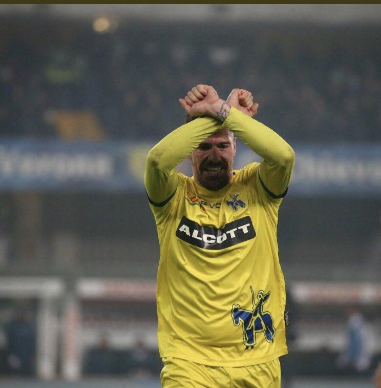 La Juventus ha bisogno di due espulsioni per battere il Chievo