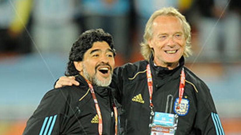 Signorini, Maradona e Napoli: «C'era la spazzatura, poi fu amore. Ma Napoli lo soffocava»