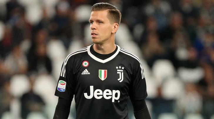 Cagliari-Juventus 0-0 primo tempo (finale 0-1). Infortunio Dybala e polemiche per il Var