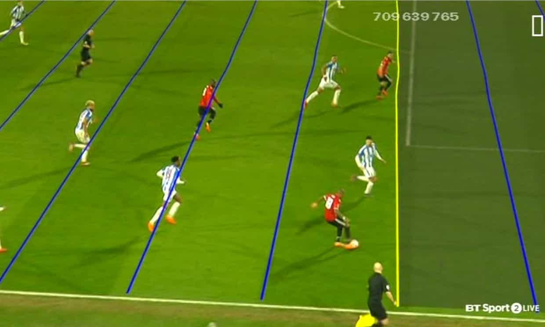 L'Inghilterra scopre le polemiche-Var: gol annullato al Manchester United per fuorigioco dubbio