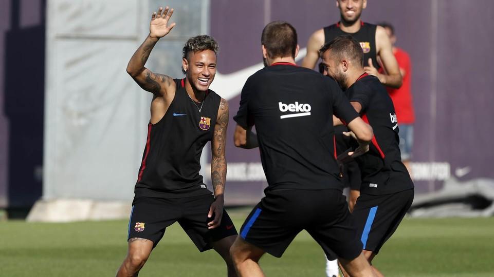 Il Barcellona incasserà 19 milioni l'anno per lo sponsor del kit d'allenamento