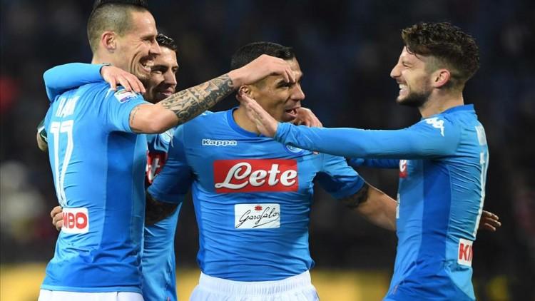 Repubblica e La Stampa sul gol di Hamsik: «Perfetto, come la playstation e l'Olanda 74»