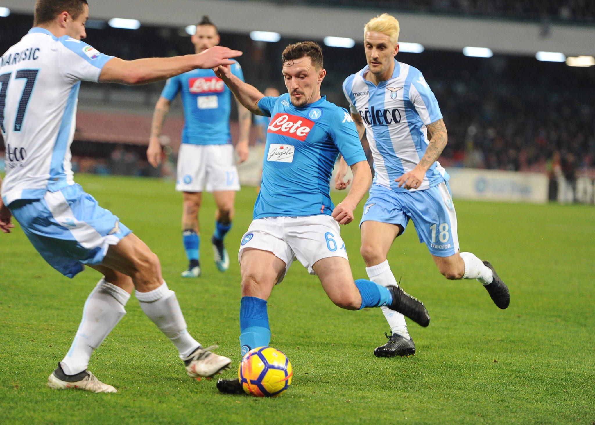 Napoli-Lazio 4-1: secondo tempo impressionante, Sarri (espulso) di nuovo primo