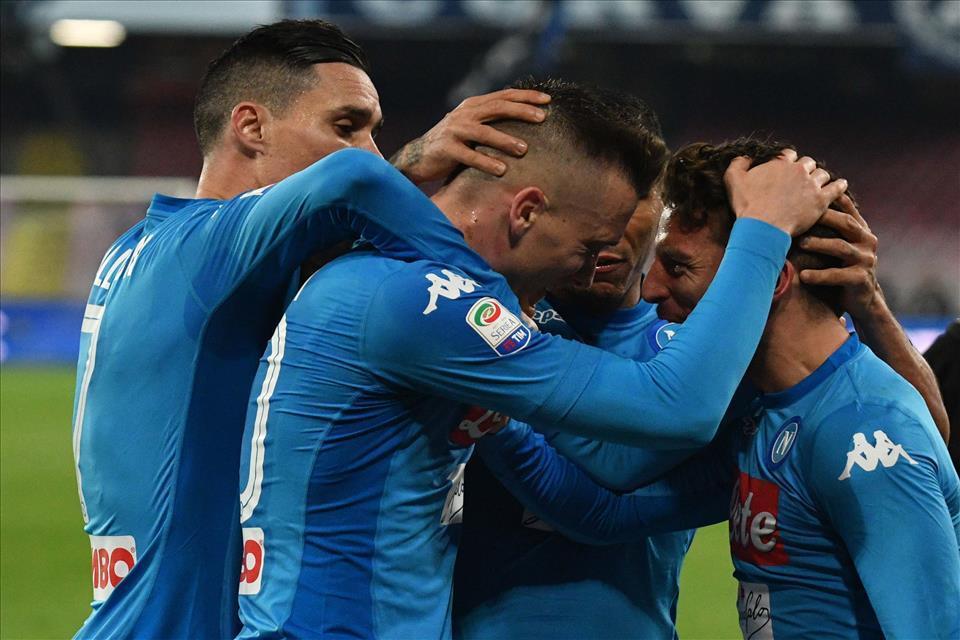 Eppure le agenzie di scommesse puntano sul Napoli contro il Lipsia