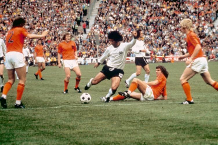 Michéa e il calcio: lo scontro tra risultati e bel gioco è quello tra liberismo e collettivismo