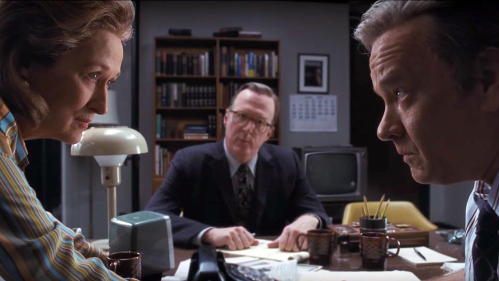 """Guardare """"The Post"""" al Metropolitan di Napoli e ritrovarsi Tom Hanks senza testa"""