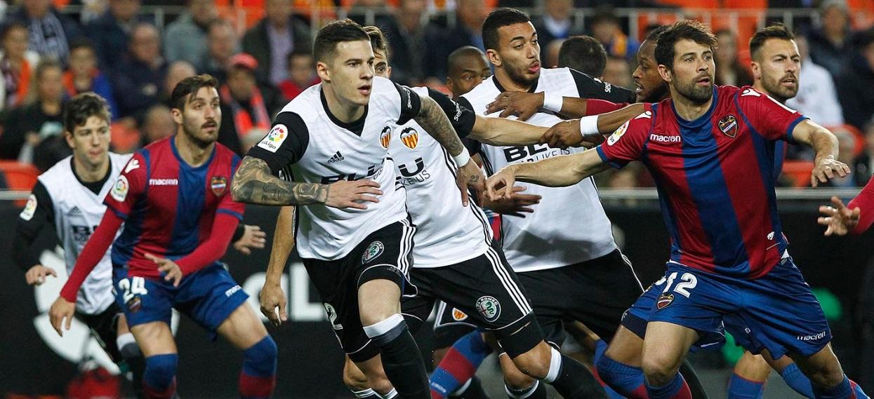 """Valencia-Levante, """"El derbi del gol anulado"""": tutto il mondo è paese"""